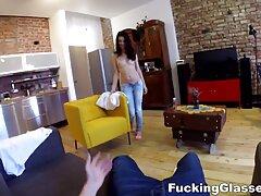 Nudista masturbándose en la videos caseros de jovenes gay silla